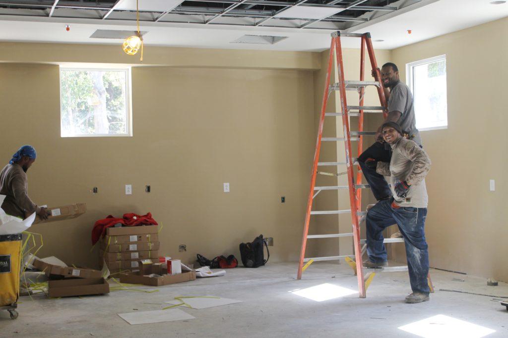 workmen-in-va-coop-extension-area